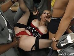 Perfect white mom fucked and creampied by young blacks